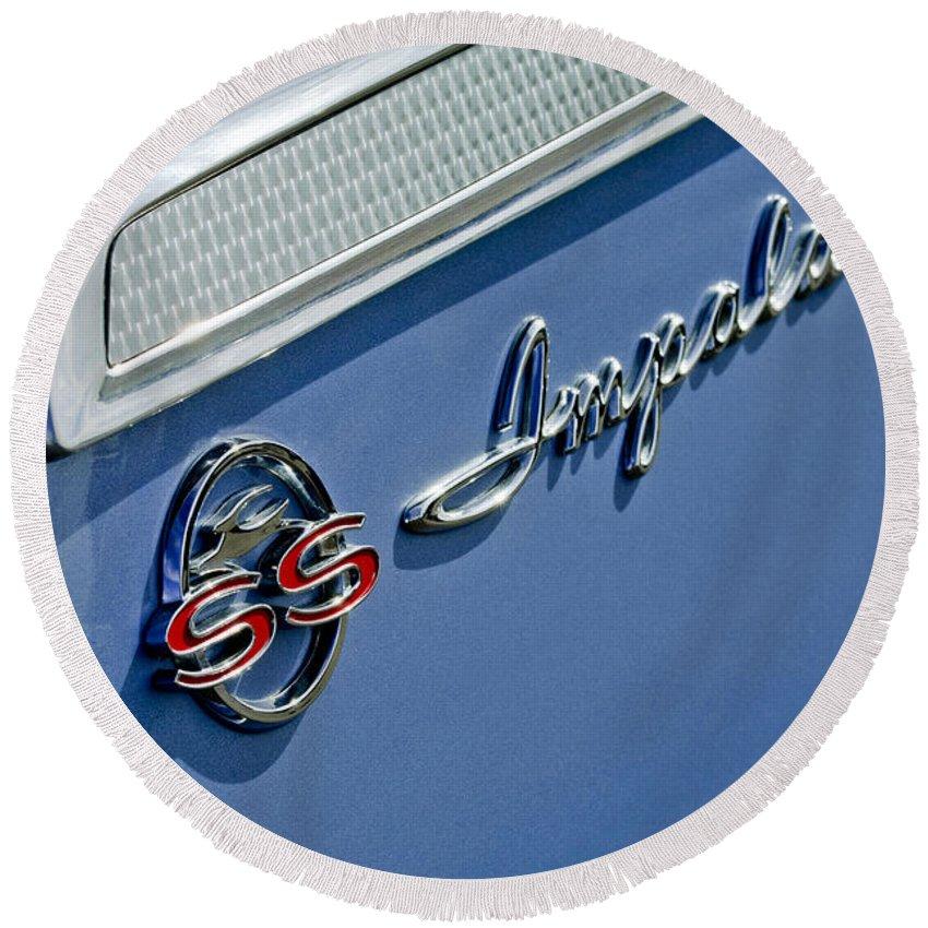 1962 Chevrolet Impala Emblem Round Beach Towel featuring the photograph 1962 Chevrolet Impala Emblem by Jill Reger