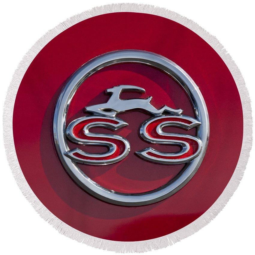 1963 Chevrolet Impala Ss Emblem Round Beach Towel featuring the photograph 1963 Chevrolet Impala Ss Emblem by Jill Reger