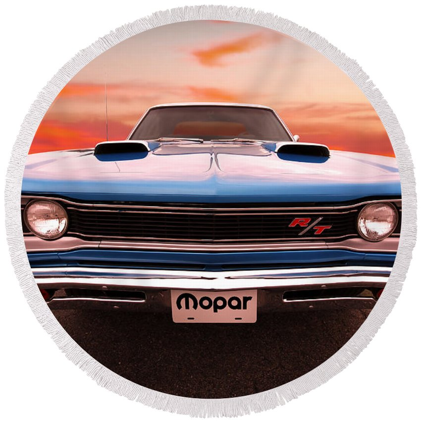 Round Beach Towel featuring the photograph 1969 Dodge Coronet R/t In B5 Blue by Gordon Dean II