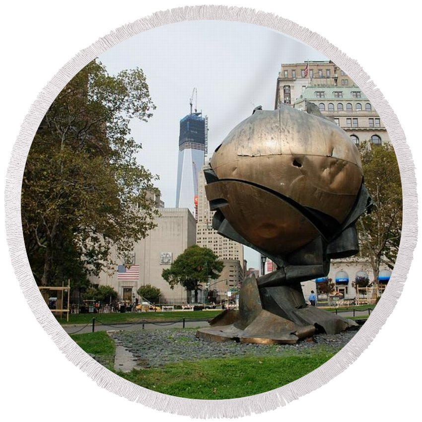 Wtc Round Beach Towel featuring the photograph 1w T C And The W T C Fountain Sphere by Rob Hans