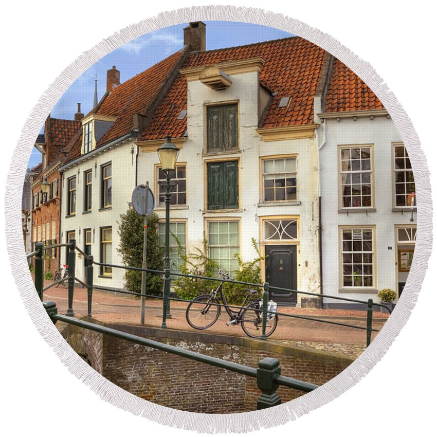 Amersfoort Round Beach Towel featuring the photograph Amersfoort by Joana Kruse