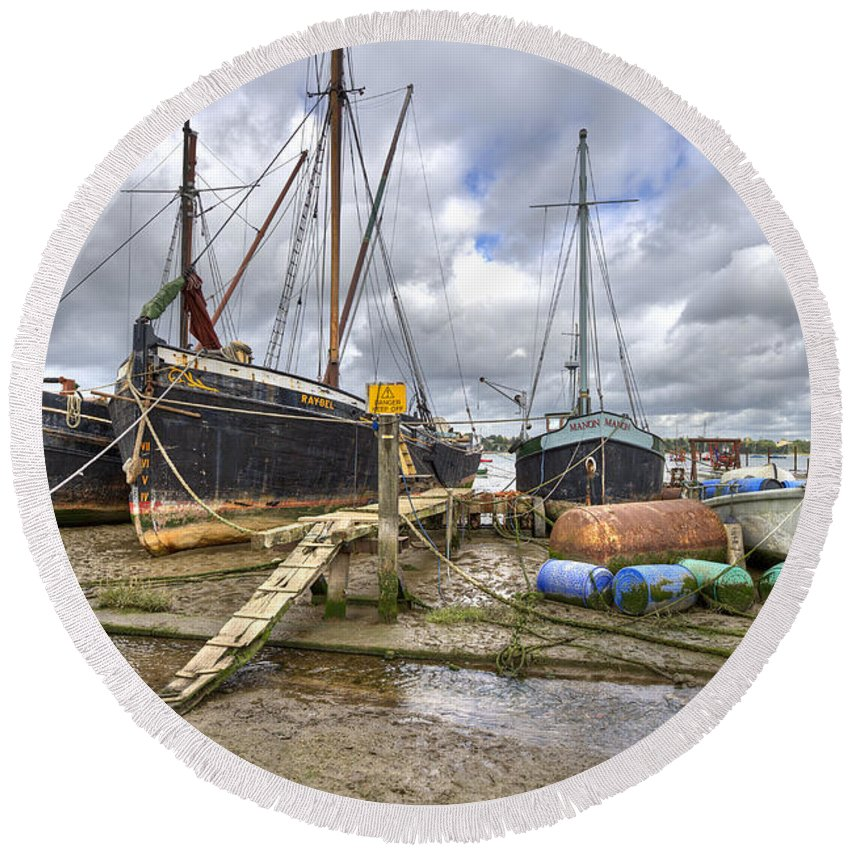 Pin Mill Round Beach Towel featuring the photograph Boats On The Hard At Pin Mill by Gary Eason