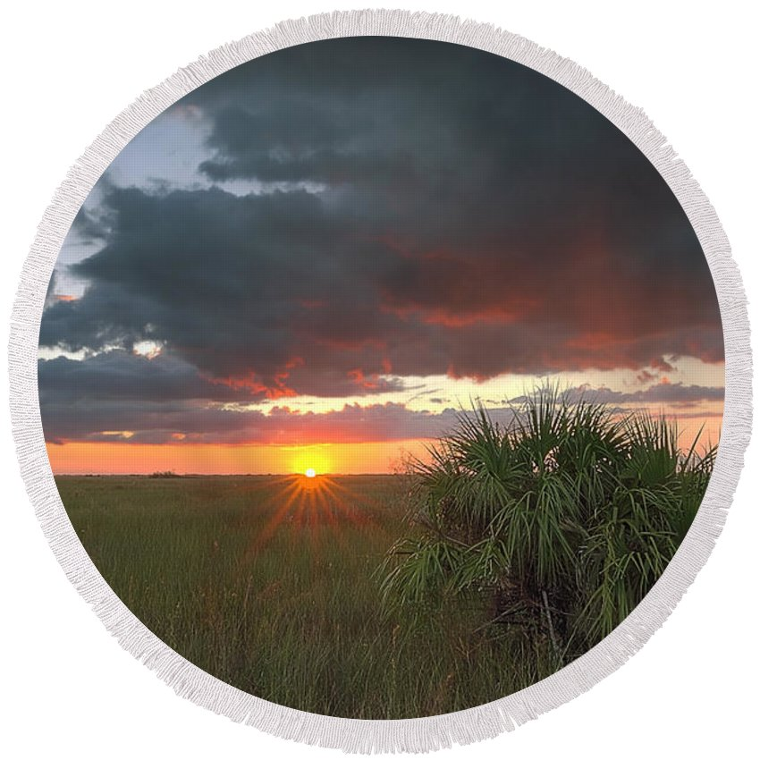 Autumn Round Beach Towel featuring the photograph Chekili Sunset by Rudy Umans
