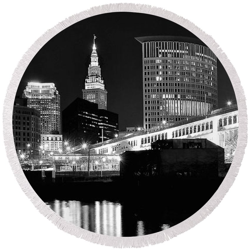 Cleveland Round Beach Towel featuring the photograph Cleveland Skyline by Frozen in Time Fine Art Photography