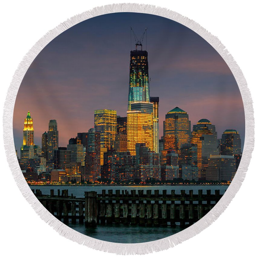 Architect Round Beach Towel featuring the photograph Construction Of The Freedom Tower by Jerry Fornarotto
