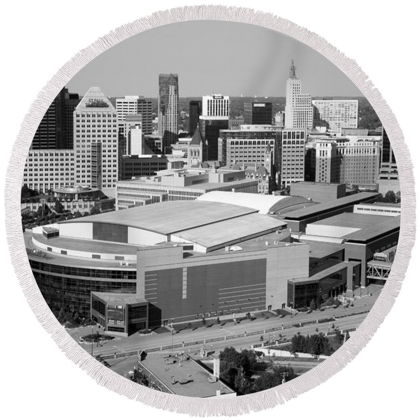 Black And White Round Beach Towel featuring the photograph Downtown Skyline Of St. Paul Minnesota by Bill Cobb