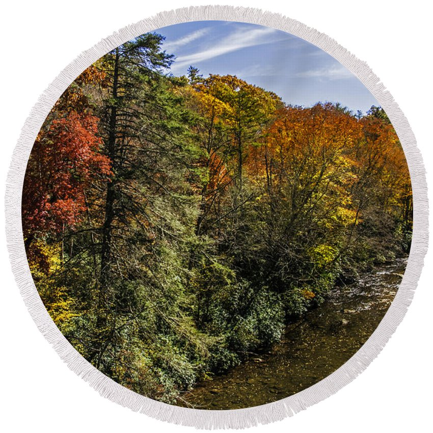 Linvile Round Beach Towel featuring the photograph Fall Along The Linville River by Lynn Bauer