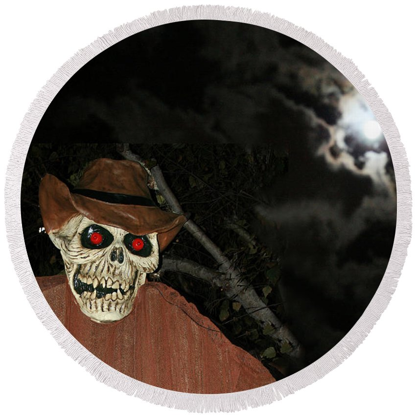 Fright Night Round Beach Towel featuring the photograph Fright Night 1 by Ellen Henneke