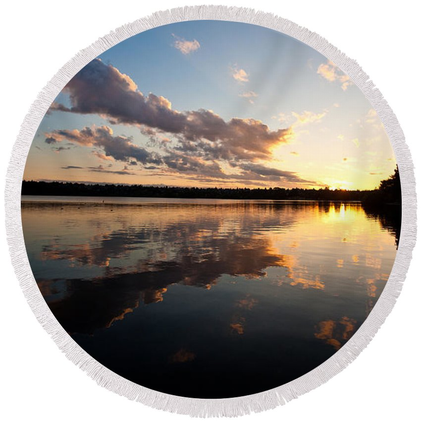 Greenlake Round Beach Towel featuring the photograph Greenlake Sunset by Mike Reid
