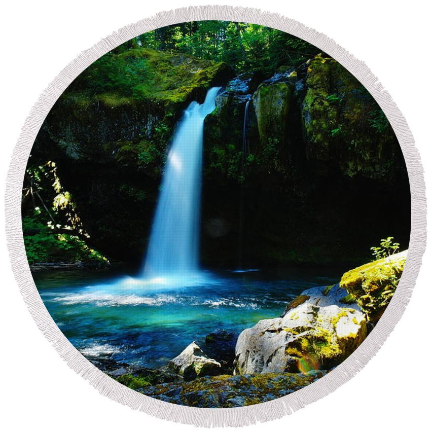 Waterfalls. Water Round Beach Towel featuring the photograph Ironhead Falls by Jeff Swan