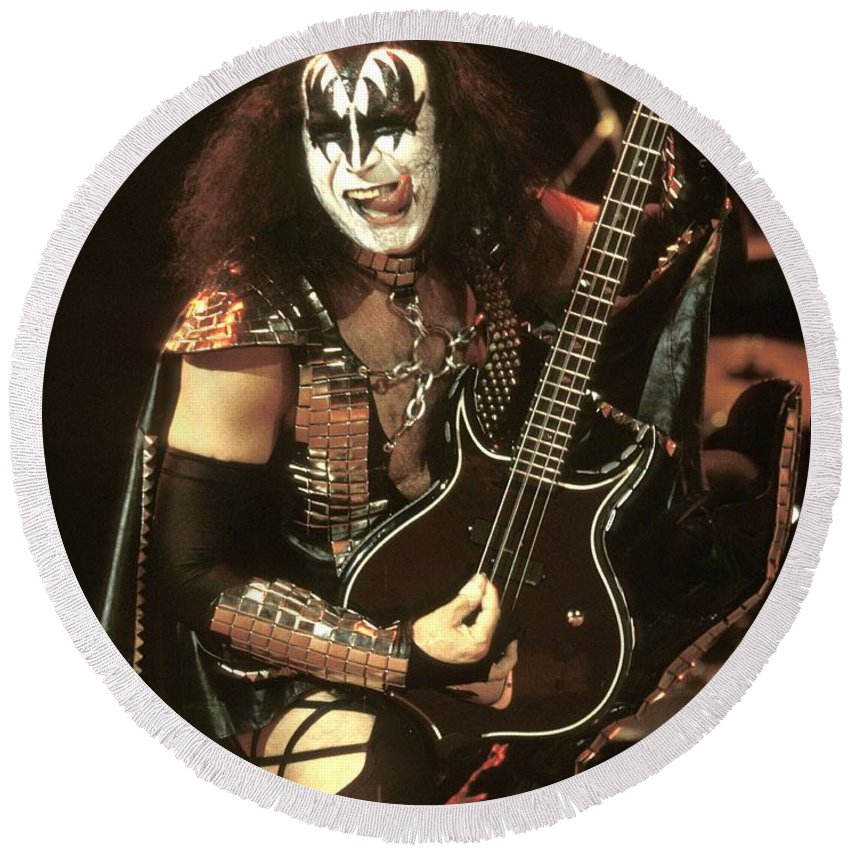 Hard Rock Round Beach Towel featuring the photograph Kiss - Gene Simmons by Concert Photos