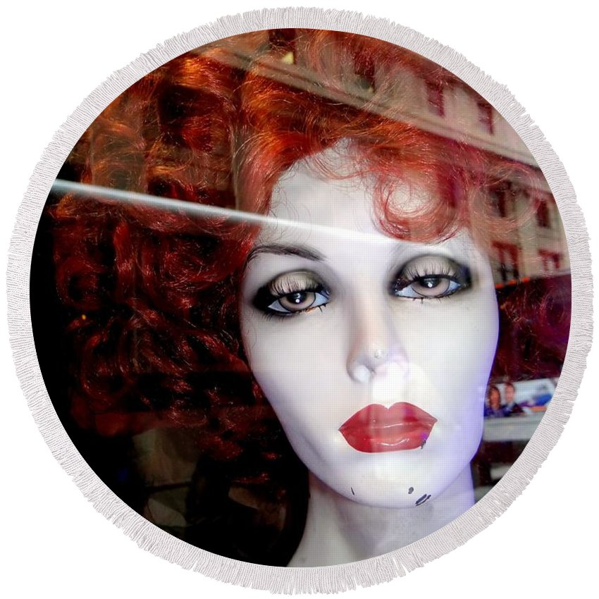 Mannequins Round Beach Towel featuring the photograph Red Reflections by Ed Weidman