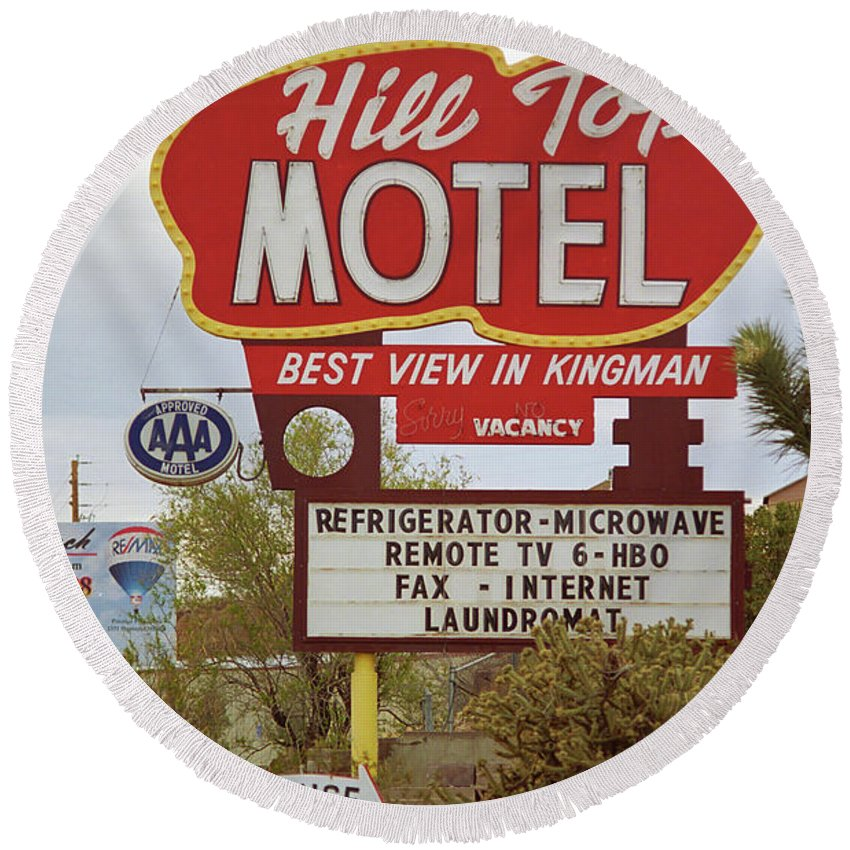 66 Round Beach Towel featuring the photograph Route 66 - Hill Top Motel by Frank Romeo