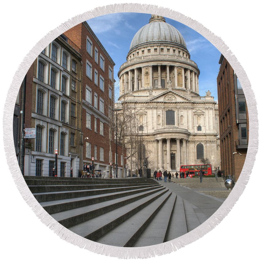 St Pauls Round Beach Towel featuring the photograph St Pauls Cathedral by Chris Day