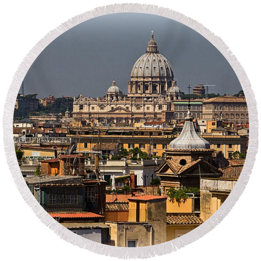 St Peters Round Beach Towel featuring the photograph St Peters Basilica by David Pringle