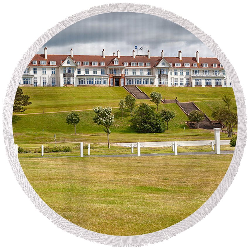 Resort Round Beach Towel featuring the photograph Turnberry Resort by Eunice Gibb