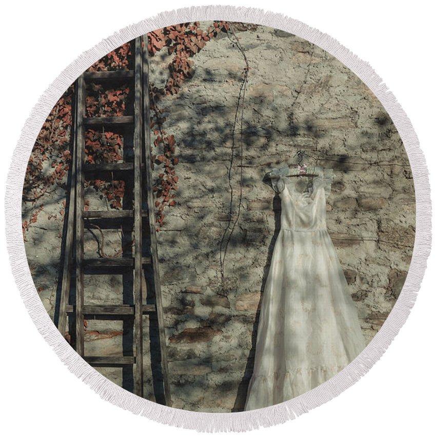 Dress Round Beach Towel featuring the photograph Wedding Dress by Joana Kruse