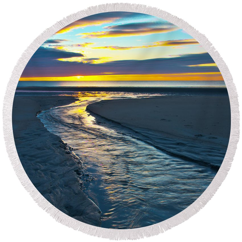 Wells Beach Round Beach Towel featuring the photograph Wells Beach Maine Sunrise by Glenn Gordon