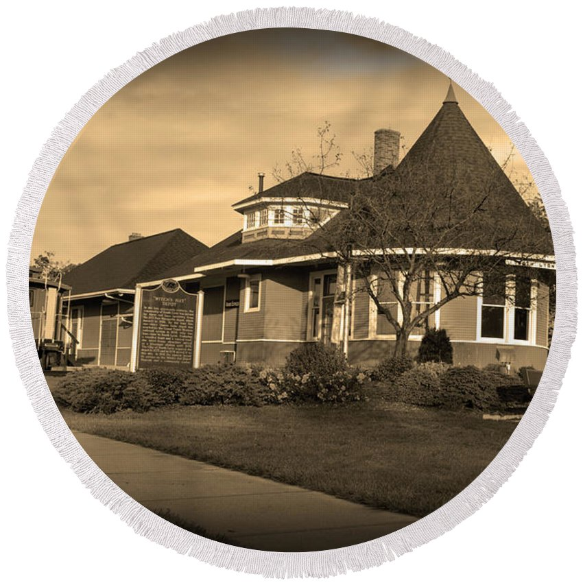 Witch's Hat Railroad Depot Round Beach Towel featuring the photograph Witch's Hat Railroad Depot by Paul Cannon