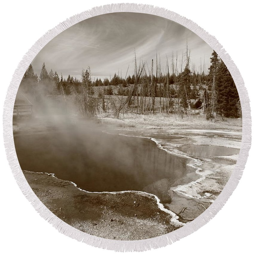 America Round Beach Towel featuring the photograph Yellowstone Park by Frank Romeo