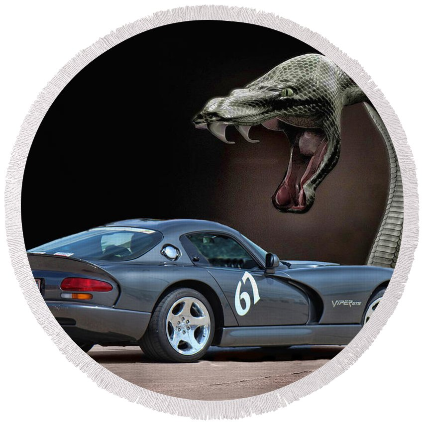 Silver Dodge Viper Round Beach Towel featuring the photograph 2002 Dodge Viper by Sylvia Thornton