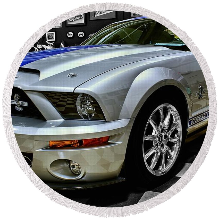 2008 Round Beach Towel featuring the photograph 2008 Ford Mustang Shelby by Michael Gordon