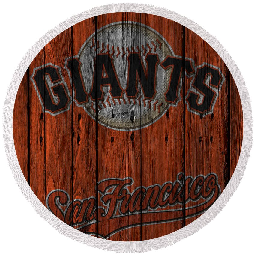 Giants Round Beach Towel featuring the photograph San Francisco Giants by Joe Hamilton