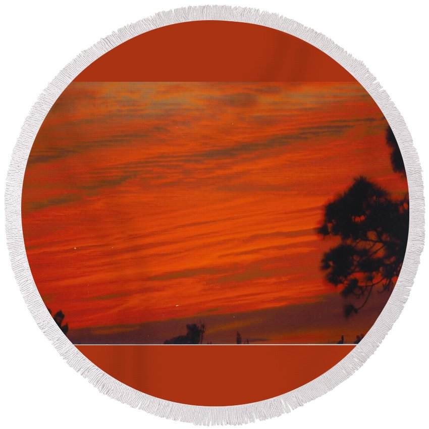 Brilliantly Red Skies Round Beach Towel featuring the photograph Sky Scape by Robert Floyd
