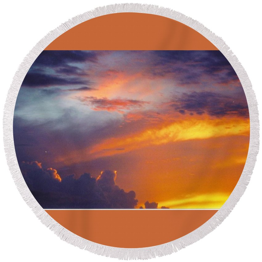 Golden Sunset Turning Clouds Red Round Beach Towel featuring the photograph Sky Scape by Robert Floyd