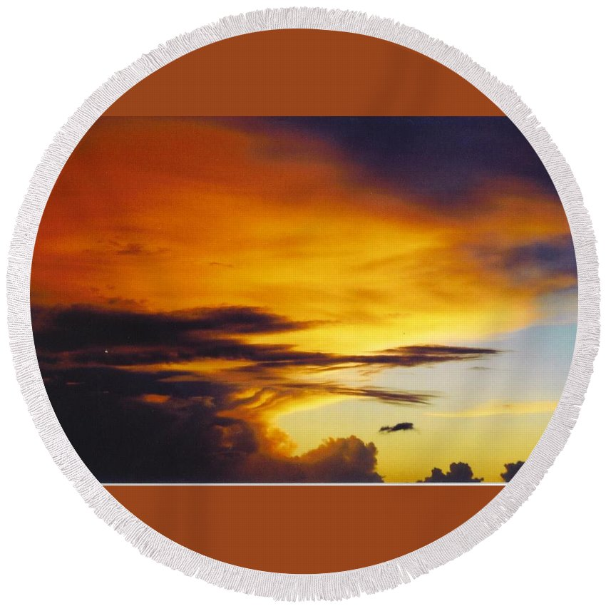 Golden Sunset Turns Clouds Yellow And Orange Round Beach Towel featuring the photograph Sky Scape by Robert Floyd
