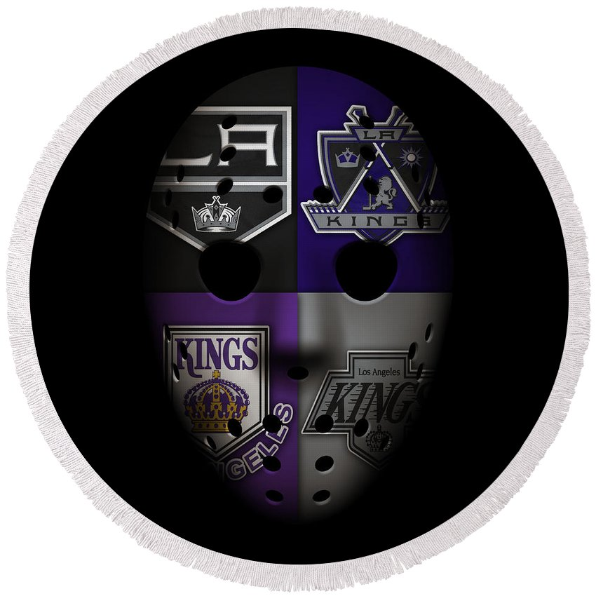 Kings Round Beach Towel featuring the photograph Los Angeles Kings by Joe Hamilton