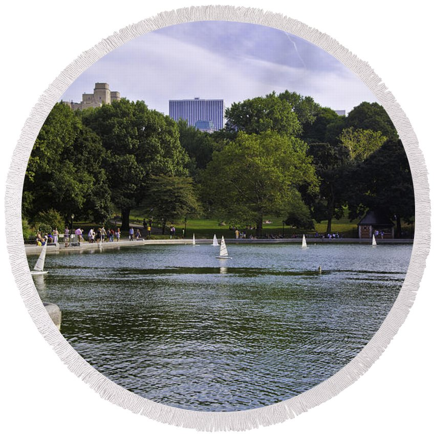 Pond Round Beach Towel featuring the photograph Central Park Pond by Madeline Ellis