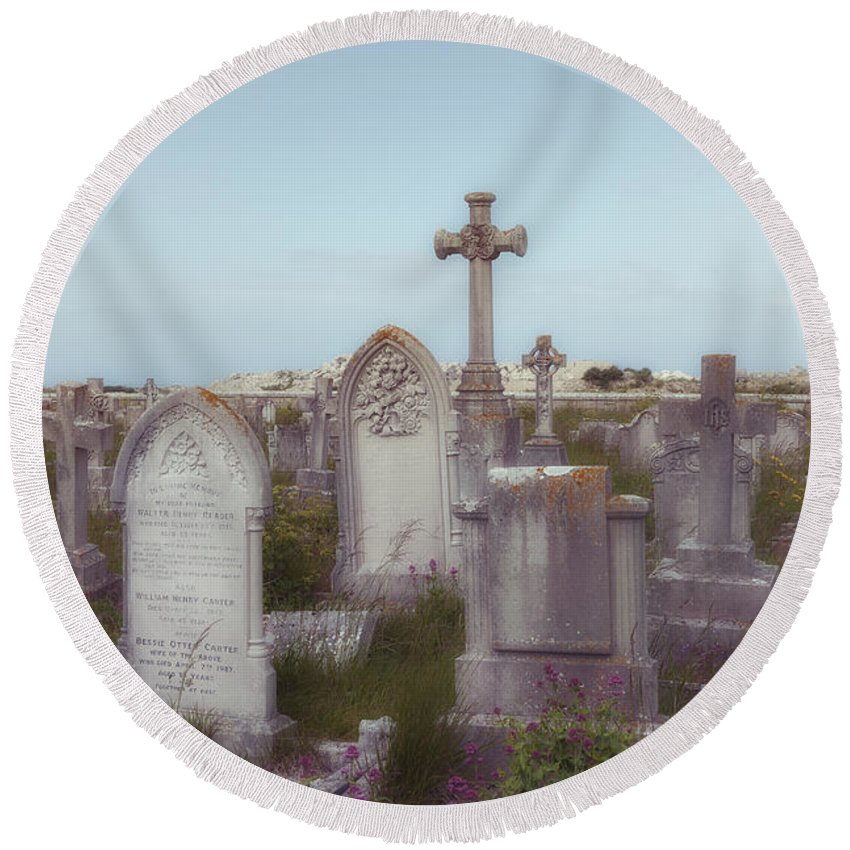 Grave Round Beach Towel featuring the photograph Graveyard by Joana Kruse