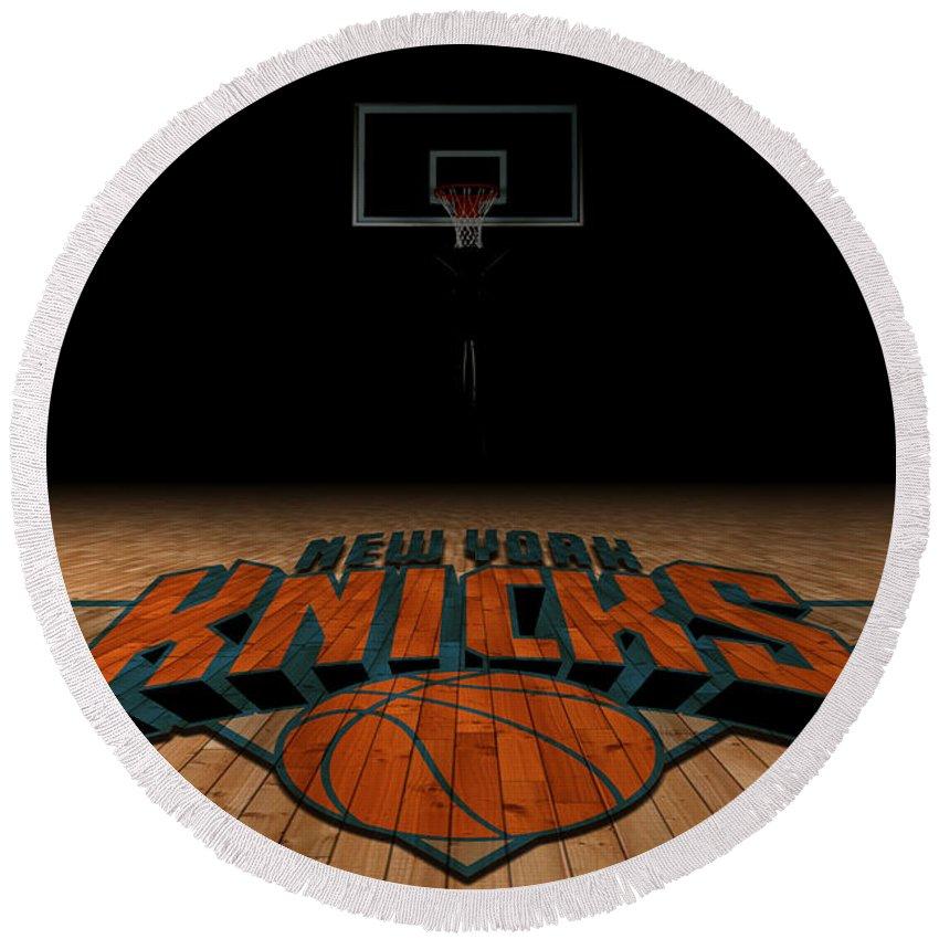 Knicks Round Beach Towel featuring the photograph New York Knicks by Joe Hamilton