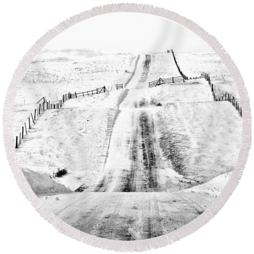 Snow Round Beach Towel featuring the photograph Over The Hill And Far Away by Theresa Tahara