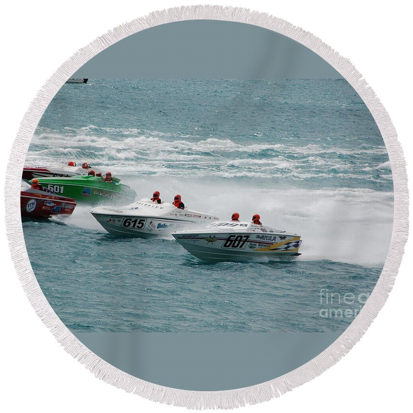 Offshore Round Beach Towel featuring the photograph Port Huron Sarnia International Offshore Powerboat Race by Randy J Heath