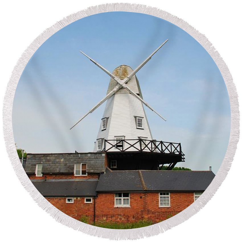 Windmill Round Beach Towel featuring the photograph Rye Windmill by David Fowler