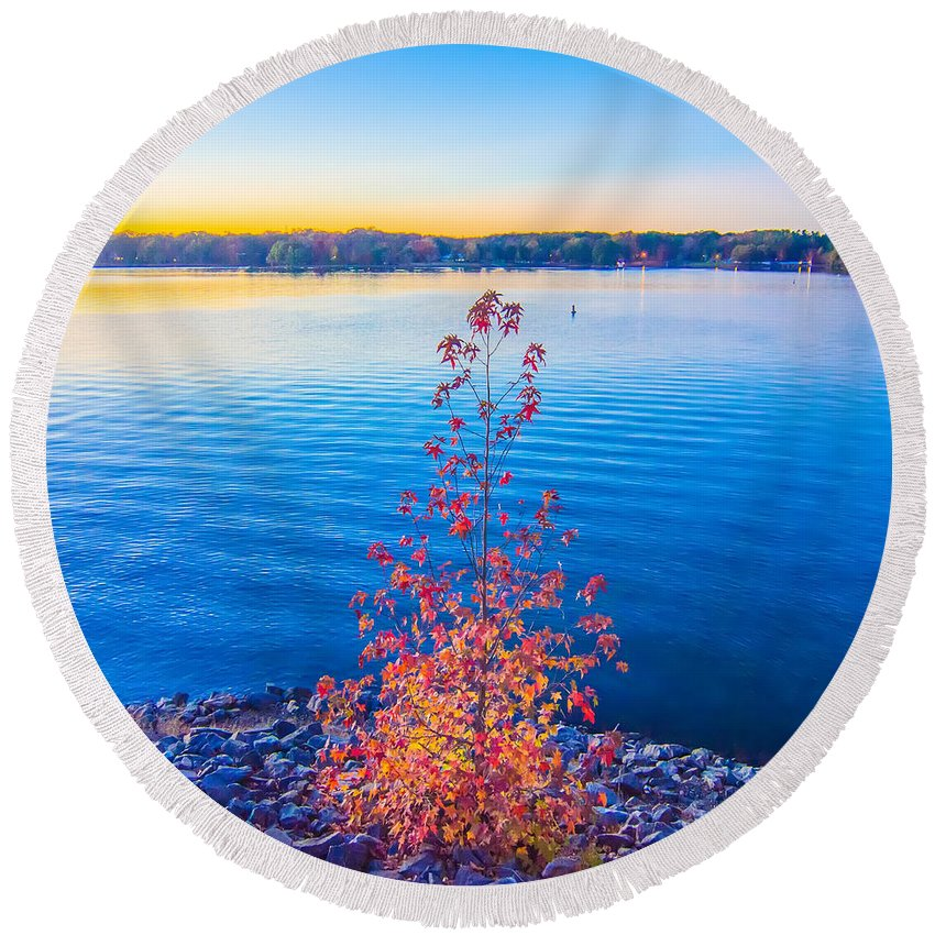 Area Round Beach Towel featuring the photograph Sunset At Lake Wylie by Alex Grichenko