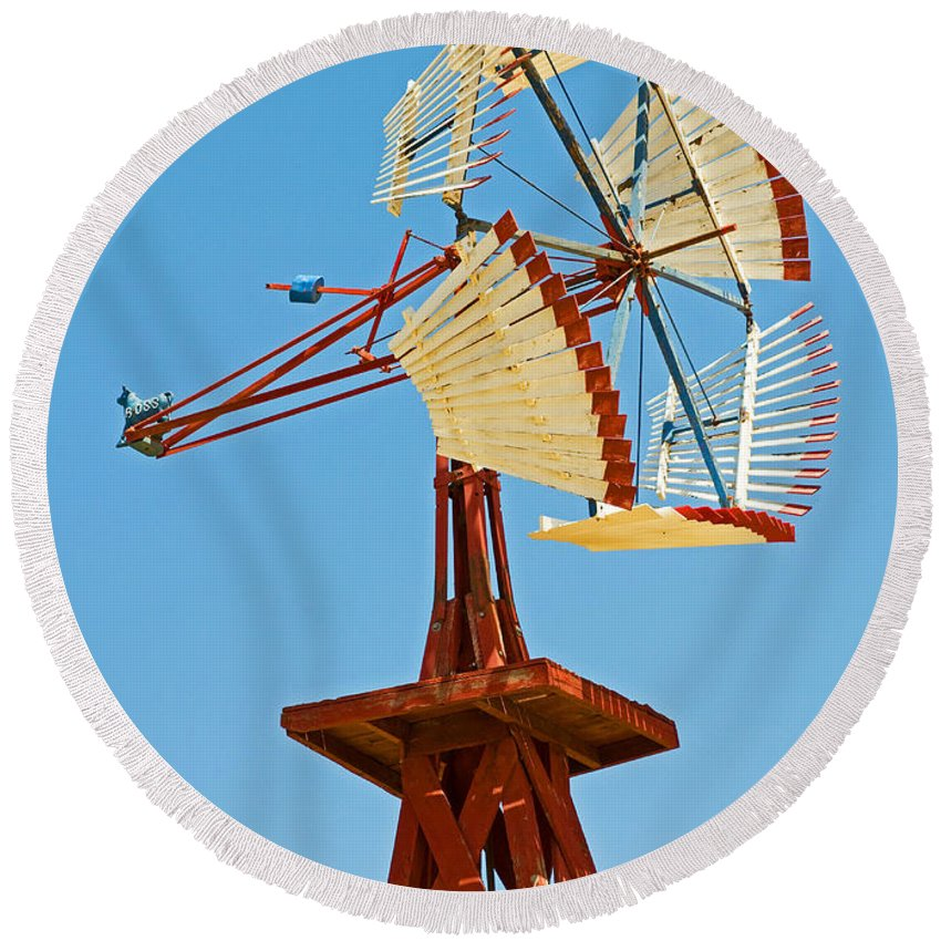 Wind Mill Round Beach Towel featuring the photograph Wind Mills In West Texas by Millard H. Sharp