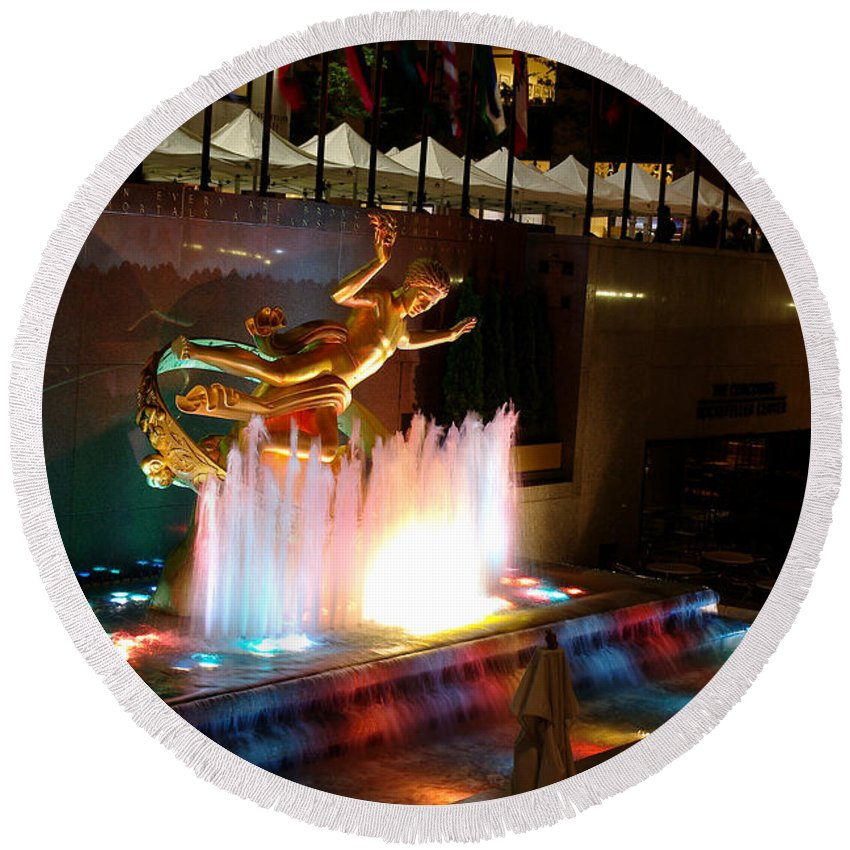 Fountain Round Beach Towel featuring the photograph 30 Rock Fountain by Larry Jost
