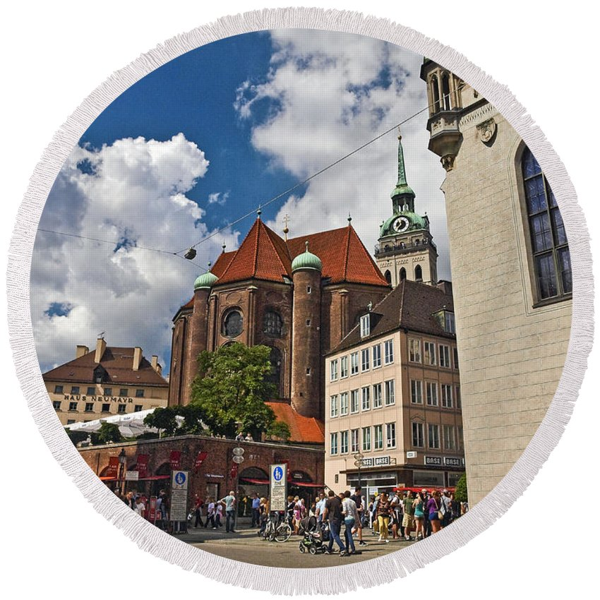 Munich Round Beach Towel featuring the photograph Munich Germany by Howard Stapleton