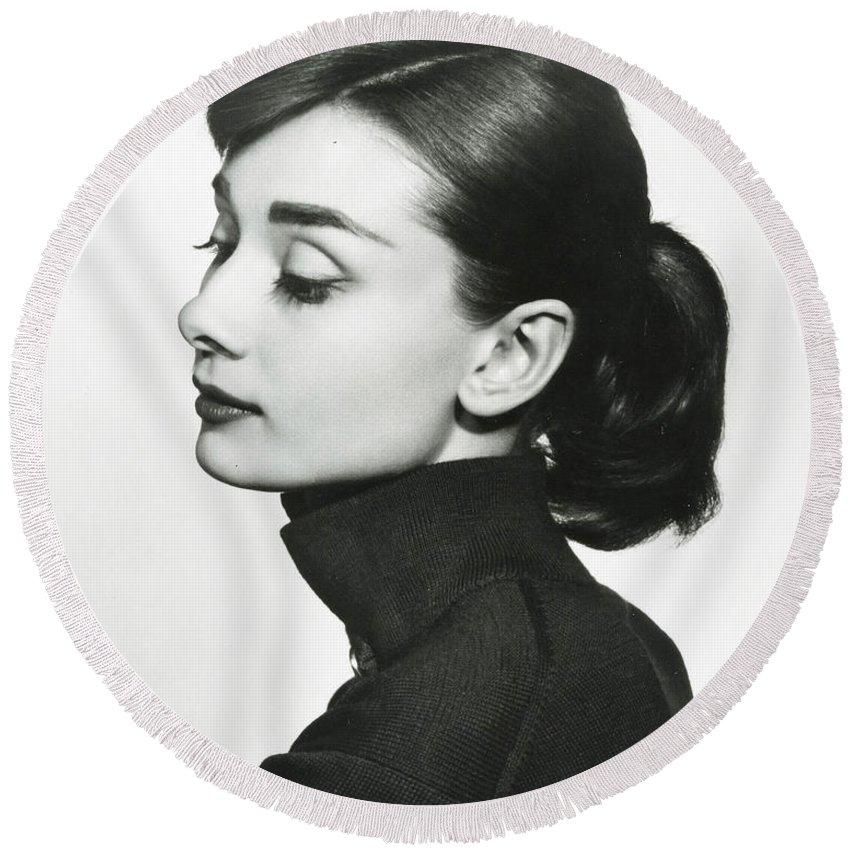 Audrey Hepburn Round Beach Towels