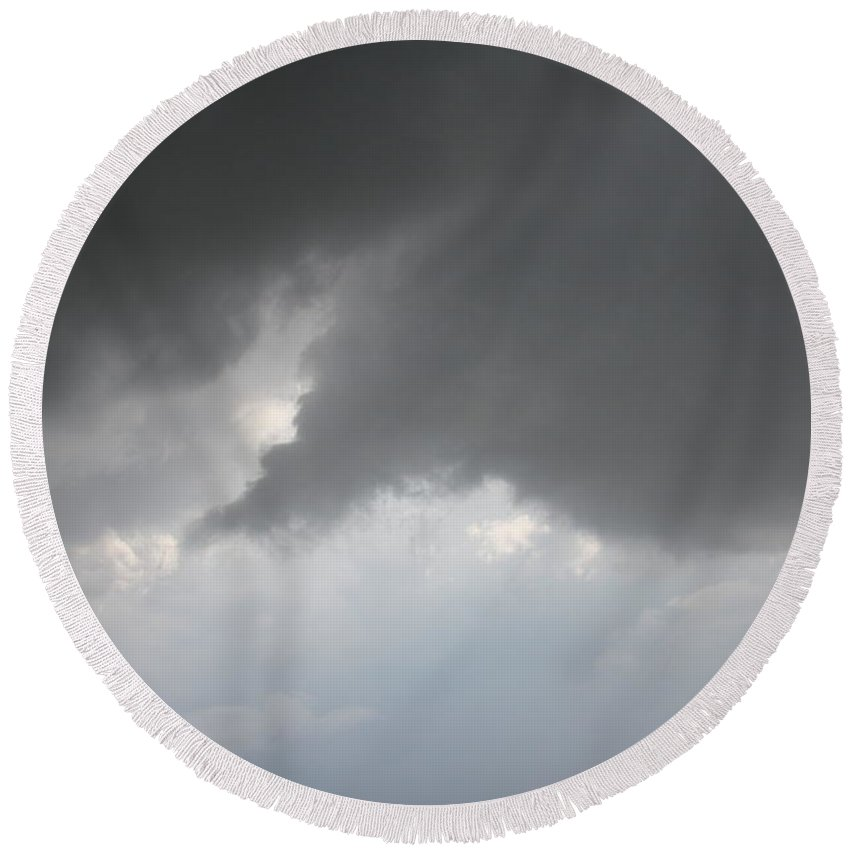 Stormscape Round Beach Towel featuring the photograph More Strong Cells Moving Over South Central Nebraska by NebraskaSC
