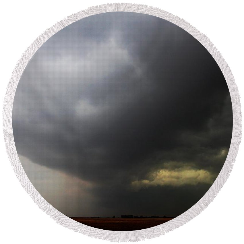 Stormscape Round Beach Towel featuring the photograph Severe Cells Over South Central Nebraska by NebraskaSC