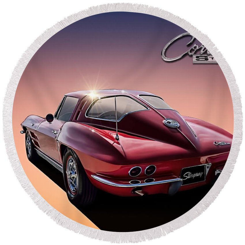 Corvette Round Beach Towel featuring the digital art '63 Stinger by Douglas Pittman