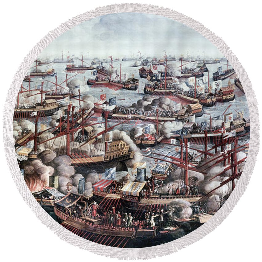 1571 Round Beach Towel featuring the painting Battle Of Lepanto, 1571 by Granger