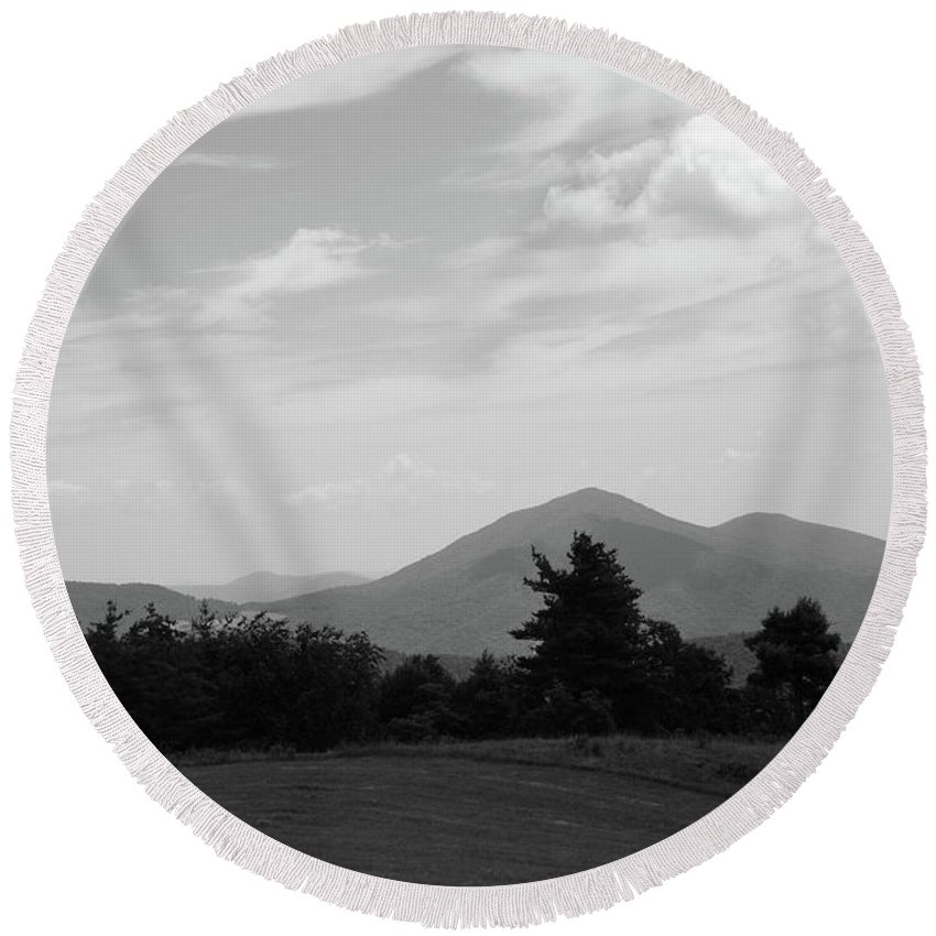 America Round Beach Towel featuring the photograph Blue Ridge Mountains - Virginia Bw 7 by Frank Romeo