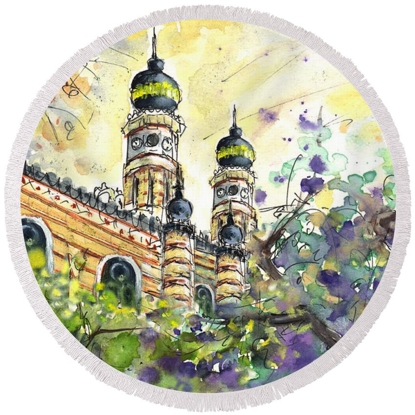 Travel Round Beach Towel featuring the painting A Church In Budapest 01 by Miki De Goodaboom