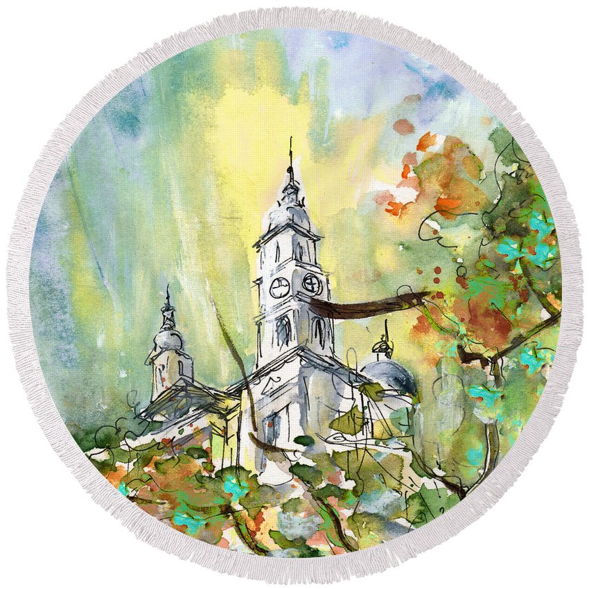 Travel Round Beach Towel featuring the painting A Church In Budapest 02 by Miki De Goodaboom