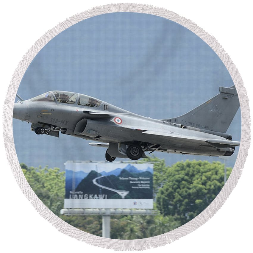 Horizontal Round Beach Towel featuring the photograph A Dassault Rafale Of The French Air by Remo Guidi